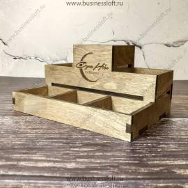 Деревянная подставка для столовых приборов и специй