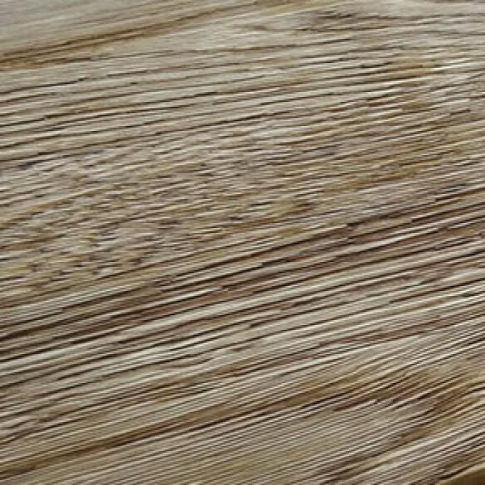 Браширование поверхности доски для придания эффекта старины
