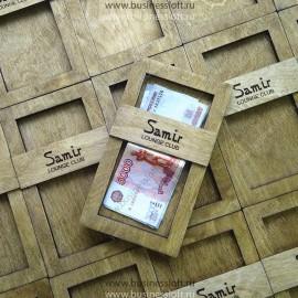 Деревянная коробочка для чеков и денег в ресторане